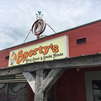 Photo taken at Sporty's Wing Shack & Smoke House by Rosemary D. on 6/22/2017