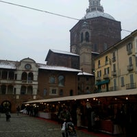 Photo taken at Piazza della Vittoria by Mauro B. on 12/24/2012