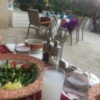 6/26/2017 tarihinde Çağılziyaretçi tarafından Turquoise Restaurant'de çekilen fotoğraf