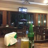 Photo taken at โรงแรมปูนนกันต์ | อ.แม่สอด จ.ตาก by One L. on 5/29/2015