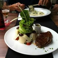 Photo taken at Oca Gourmet by Simone S. on 2/5/2013