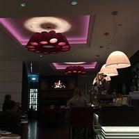 Photo taken at restaurant @dux by Lieve F. on 11/5/2016