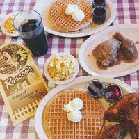 Photo taken at Roscoe's House of Chicken and Waffles by sayumi h. on 3/25/2015