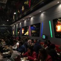 Foto tirada no(a) Jeti's Burger & Grill por Ingrid N. em 6/17/2015