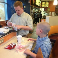 Photo taken at Taco Bell by Chella D. on 6/17/2013