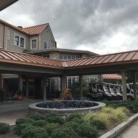 Photo taken at The Waynesville Inn Golf Resort & Spa by Rolling Stone on 10/7/2017