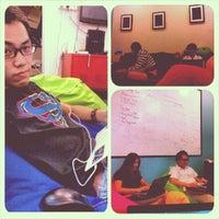 Photo taken at Beanbag Room @ Nuffnang by Nicholas N. on 9/13/2013