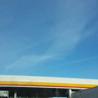 Photo taken at Shell by Nasnl .. on 3/30/2016