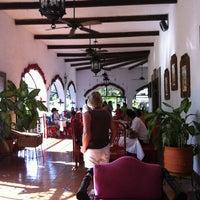 Foto tomada en Casa Mission por Claudia T. el 12/29/2012