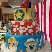 Photo taken at Alfonso's Pastry Shoppe by Nina C. on 9/3/2017