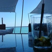 Foto tomada en Malibu Beach Bar por Juanjo G. el 5/18/2014