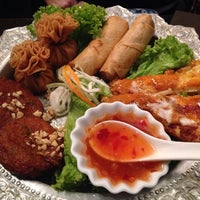 Photo taken at Fanny Thai by Vincent C. on 8/17/2014
