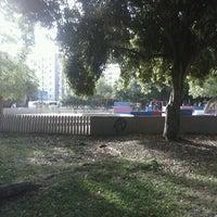Foto tirada no(a) Parquinho da Redenção por Leonardo M. em 11/7/2012