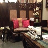 Foto scattata a Royal Thai da Anastasia D. il 11/20/2012