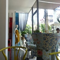 Photo taken at Chern Cha Tea Room | เชิญชา by Krittawan M. on 10/11/2012