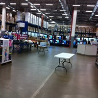 Photo taken at Sam's Club by ronnie v. on 3/18/2013