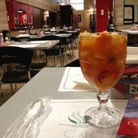 Foto tirada no(a) Café Caliente por Nine C. em 1/17/2013