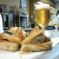 Foto tomada en Bar Pasteleria Zaher por Harmon C. el 10/26/2012