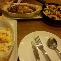 Photo taken at Pizza Hut by Anne A. on 11/15/2012