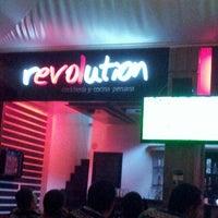 Photo taken at Revolution Cevicheria y cocina peruana by Juan J. on 3/16/2013