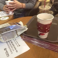 Photo taken at TOM N TOMS COFFEE by Ungju L. on 1/22/2015