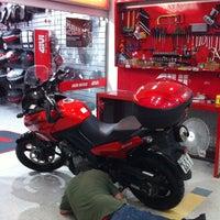 Foto tirada no(a) Shopping Moto & Aventura por Jose Maria V. em 4/27/2013