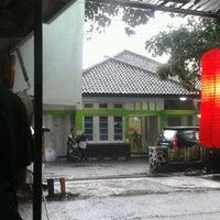 Photo taken at Oriflame Bandung Office by Faraaah on 11/21/2012