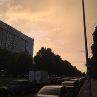 Photo taken at Парковая аллея на Космонавтов 53-94 by Dmitry N. on 8/3/2016