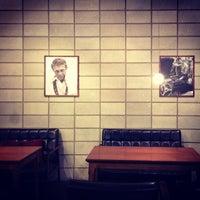 Photo prise au John White cafe par Johngwon le3/1/2014