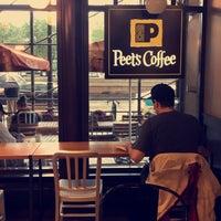 10/23/2017 tarihinde ~. .ziyaretçi tarafından Peet's Coffee & Tea'de çekilen fotoğraf