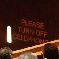 2/2/2013 tarihinde Thomas H.ziyaretçi tarafından The Grace Rainey Rogers Auditorium at The Metropolitan Museum of Art'de çekilen fotoğraf