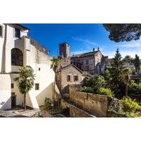 Photo taken at Sala delle Colonne Palazzo dei Priori by Valery U. on 10/19/2015