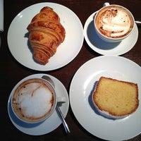 Photo prise au Claus - La table du petit-déjeuner par Kirill Z. le3/8/2013