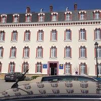 Photo taken at Hôtel Suite Comfort Epernay by Gunter R. on 3/29/2014