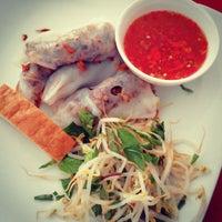 Photo taken at Banh Cuon Tay Ho by Tuấn L. on 8/22/2013