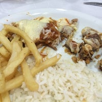 Photo taken at Churrascaria e Pizzaria Charrete by Alexandre L. on 11/23/2014