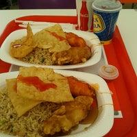 Photo taken at Patty Wong Comida China by Karli R. on 10/21/2012