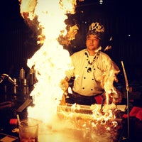Photo taken at Kobe Japanese Steakhouse & Sushi Bar by Leonardo V. on 10/24/2012