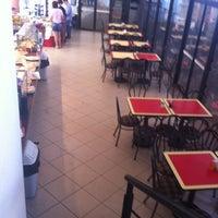 Foto tomada en Cafetería UAA por Jess F. el 1/14/2014