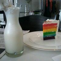 Photo taken at Hamptons Cafe by Angga P. on 9/30/2012