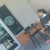 Photo taken at Starbucks by Nia .. on 8/18/2016