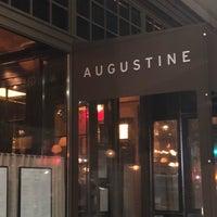 Photo prise au Augustine par Kristina K. le3/15/2018