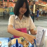 Photo taken at ร้านไก่ทอด มาสเตอร์เดย์ by BAIFERN ♡. on 8/15/2016
