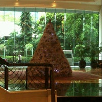 Photo taken at The Athenee Hotel, a Luxury Collection Hotel, Bangkok by Panthep L. on 12/8/2012