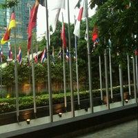 Photo taken at Plaza Athénée Bangkok, A Royal Méridien Hotel by Panthep L. on 3/4/2013