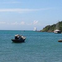 Foto tirada no(a) Praia da Tartaruga por DJ BOY S. em 3/9/2013