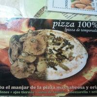 Foto tomada en Horchateria-Pizzeria Bon Gelat por Carlos P. el 11/7/2012