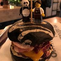 12/16/2017 tarihinde Denis S.ziyaretçi tarafından Burger Heroes'de çekilen fotoğraf