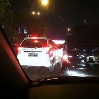 Photo taken at Jalan Mampang Prapatan Raya by Ryo Parlindungan H. on 9/26/2014