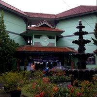 Foto diambil di SMAN 34 Jakarta oleh Ryanti pada 10/20/2012